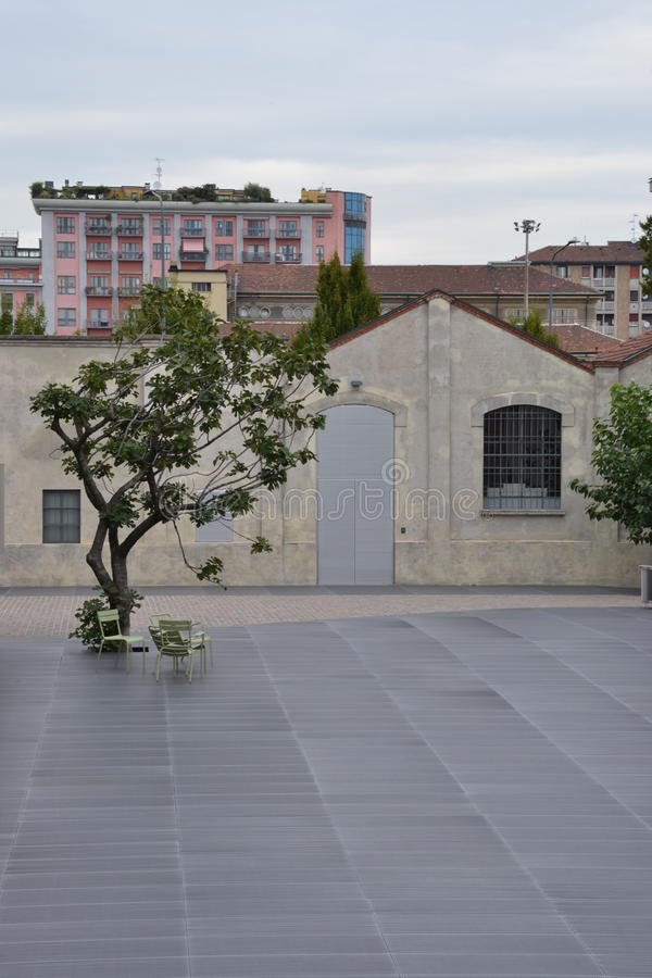Музей Fondazione Prada (учреждения Prada) в милане, Италии стоковые изображения