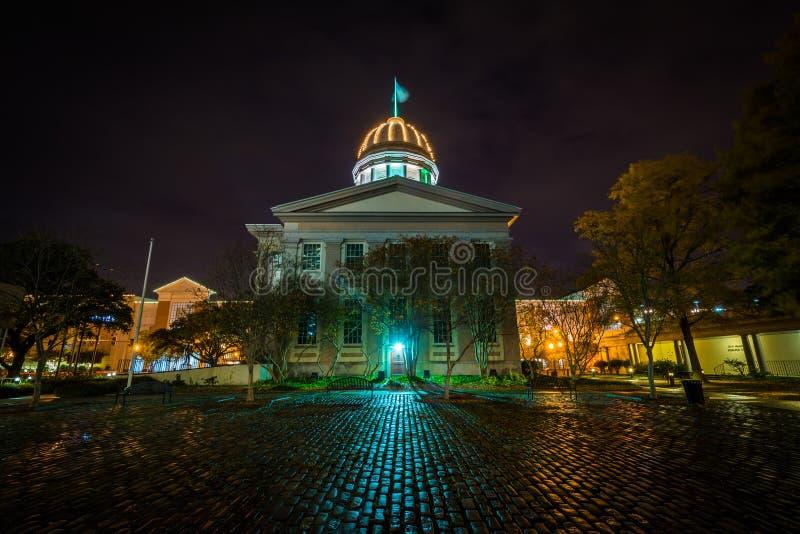 Музей Macarthur мемориальный на ноче, в Норфолке, Вирджиния стоковое изображение