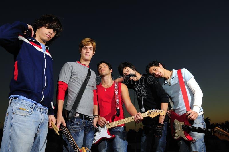 музыканты молодые стоковые фото