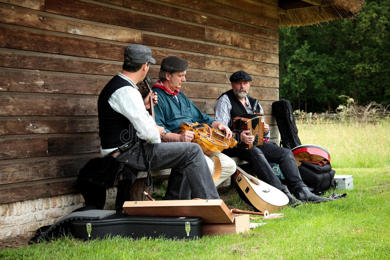 музыканты фольклора стоковое изображение rf
