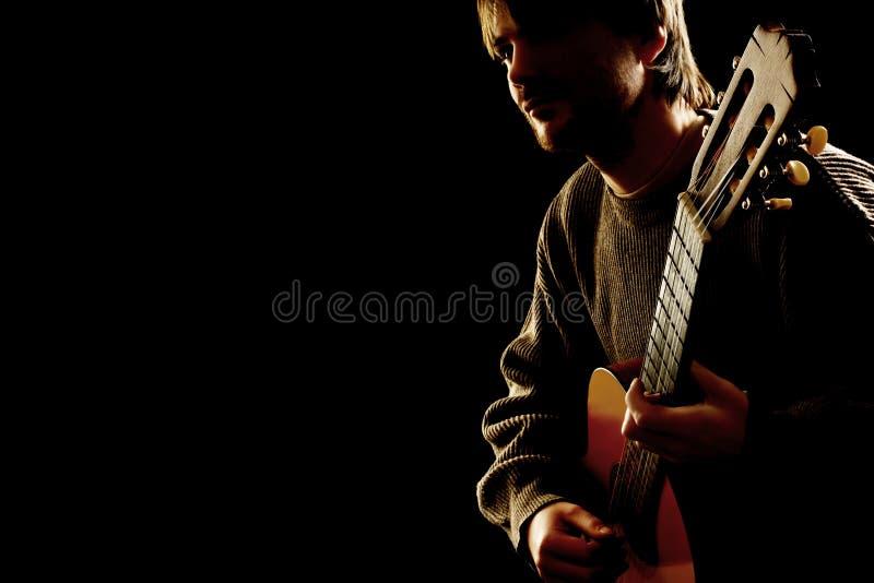 Музыкант гитариста на концерте стоковое изображение rf