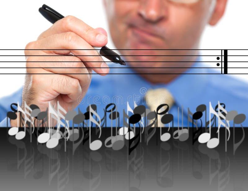 Музыка человека составляя стоковая фотография