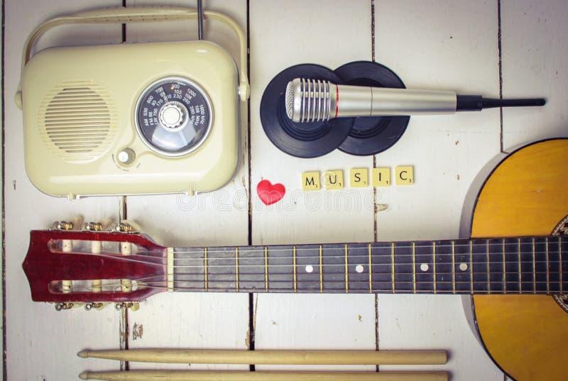 Музыкальные аксессуары стоковые фотографии rf
