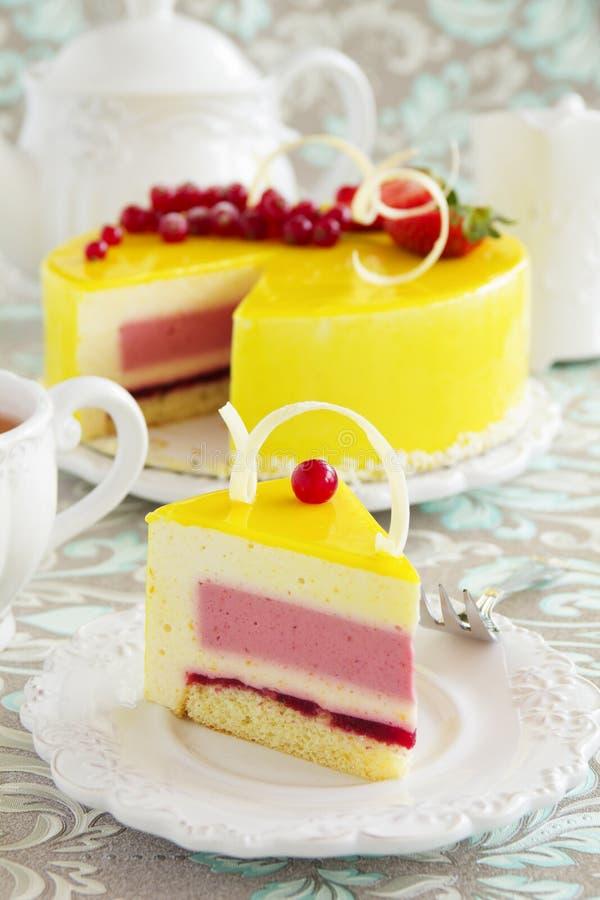 мусс торта Лимон-клубники стоковые фотографии rf