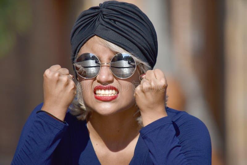 Мусульманская женщина и гнев стоковые изображения rf