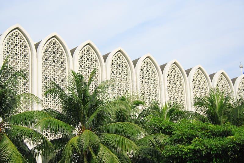 мусульманство здания самомоднейшее стоковая фотография