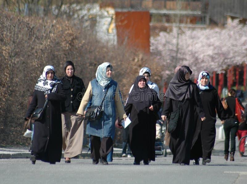 Мусульманские женщины стоковые изображения rf