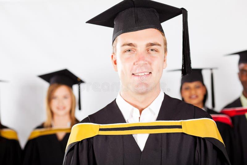 Мыжской студент-выпускник коллежа стоковое фото