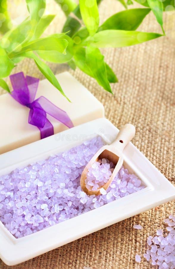 мыло соли bamboo ванны удачливейшее стоковые фото