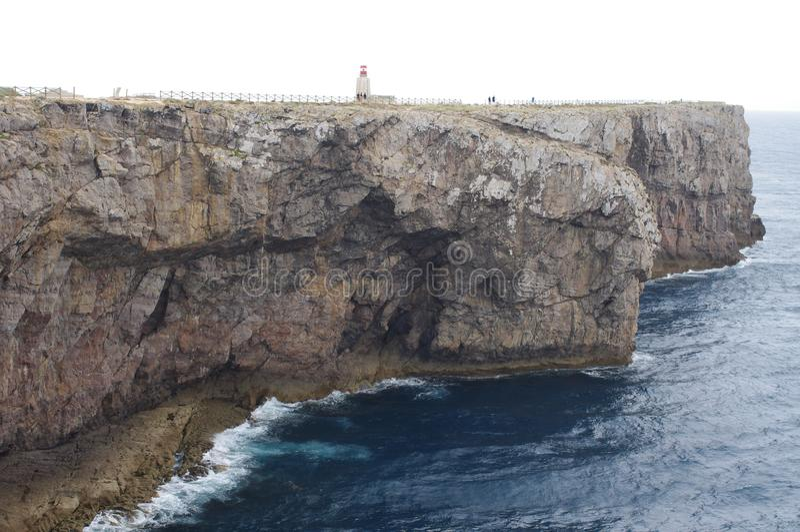 Мыс с маяком стоковое фото