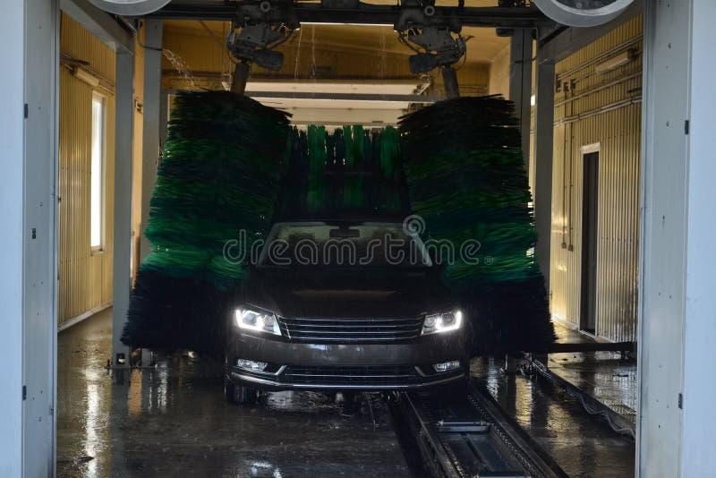 мытье губки машины шланга автомобиля чистое стоковое изображение