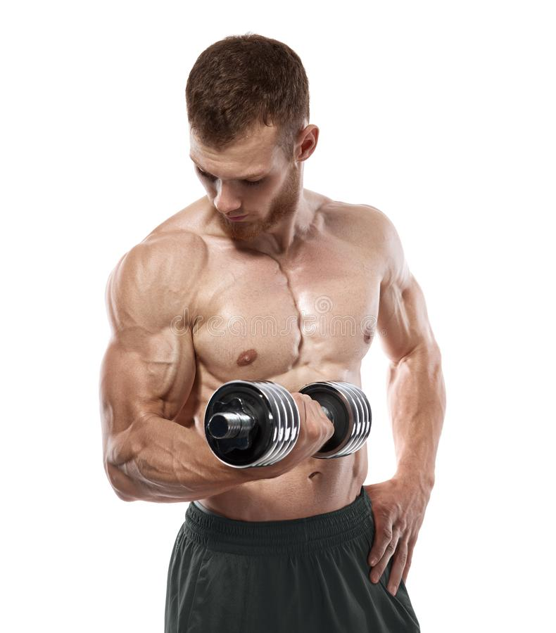 Мышечный парень культуриста делая тренировки с гантелями над белой предпосылкой стоковое изображение rf