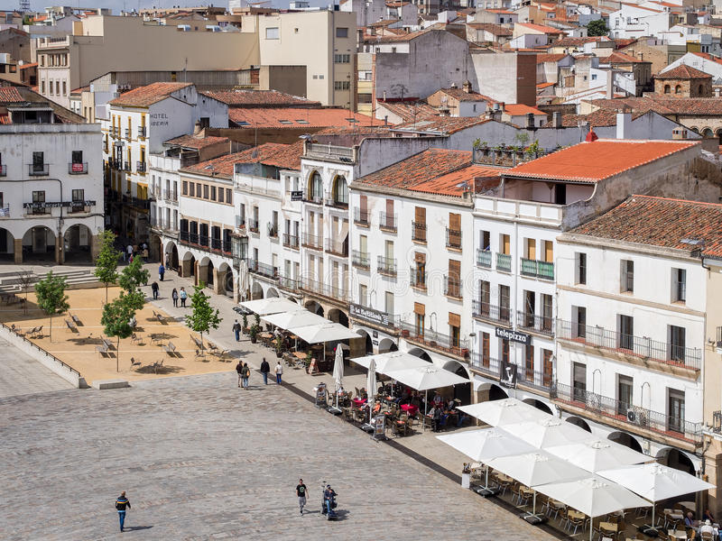 Мэр площади в Caceres, Испании стоковое фото
