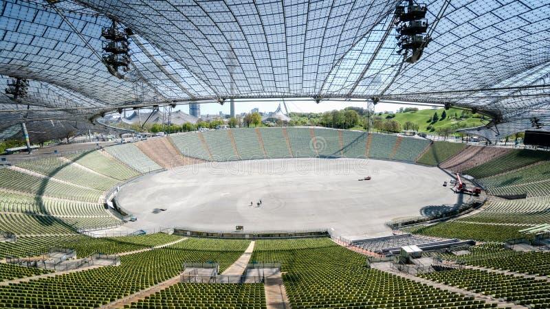 Мюнхен, Германия, 24-ое апреля 2016: Взгляд Olympic Stadium в Мюнхене Германии стоковые изображения rf