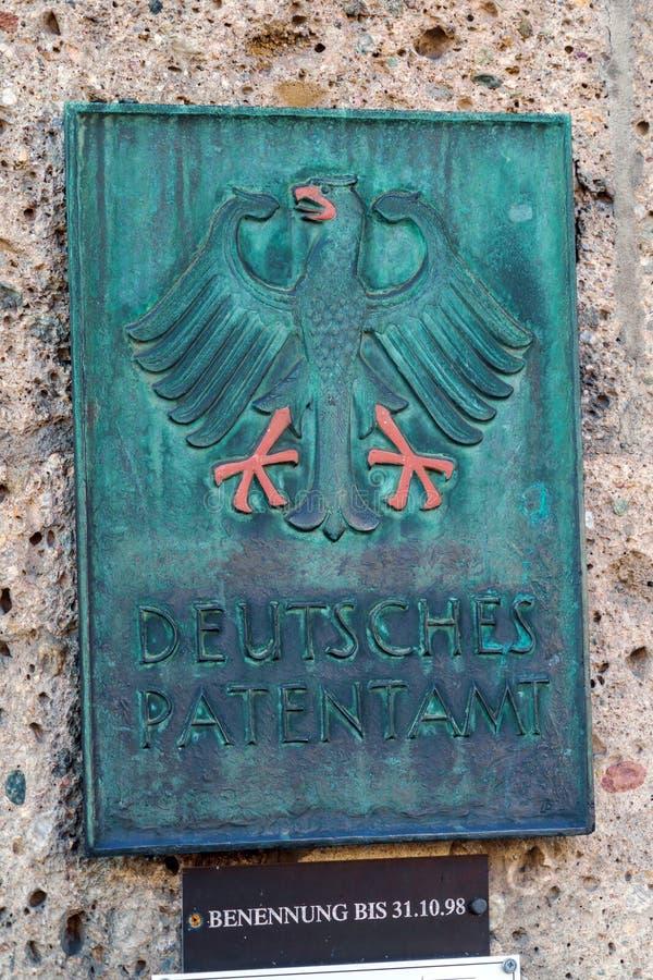 Мюнхен, Германия - 20-ое октября 2017: Шильдик стены Germa стоковое изображение