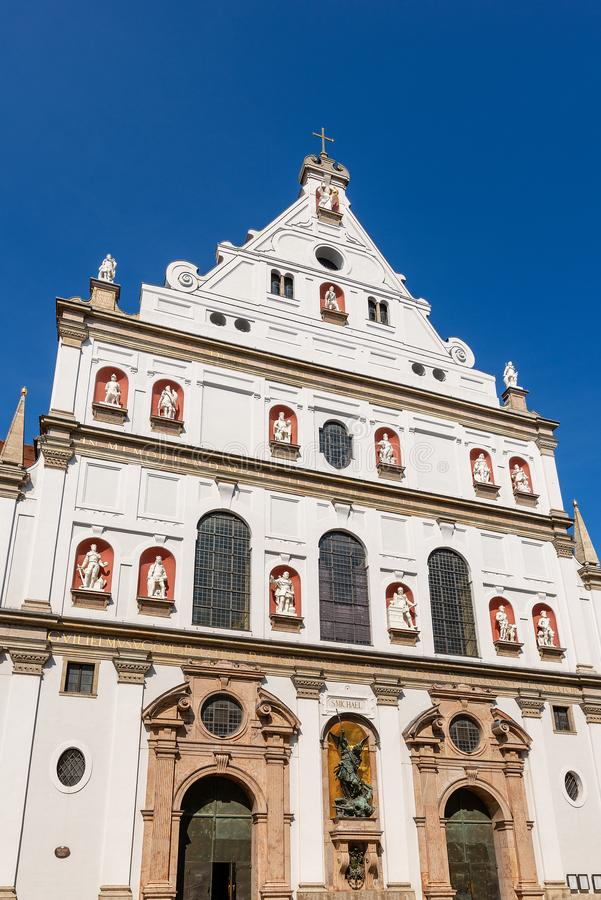 Мюнхен - Michaelskirche - церковь St Michael стоковое изображение