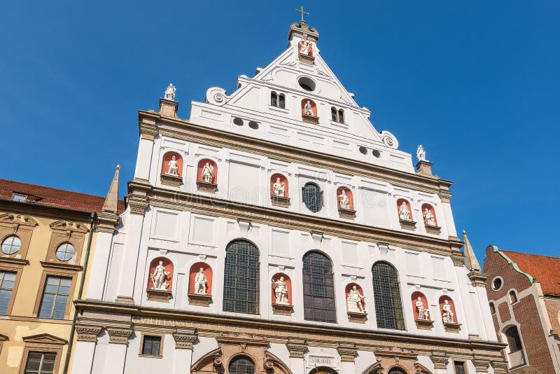 Мюнхен - Michaelskirche - церковь St Michael стоковая фотография rf