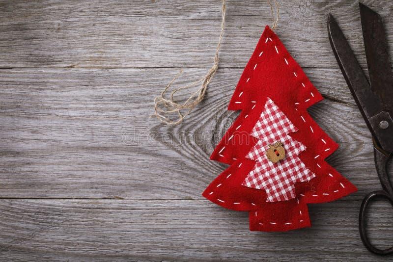 Мягкие игрушки сделанные из войлока на праздники рождества сделанные собственными руками стоковое изображение