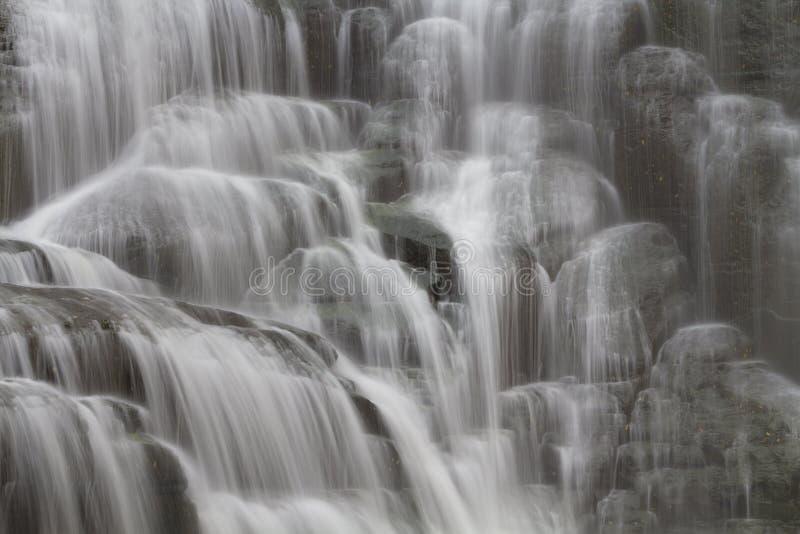Мягкие пропуская водопады стоковое изображение rf