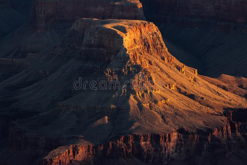 Мягкий оранжевый восход солнца в гранд-каньоне стоковая фотография