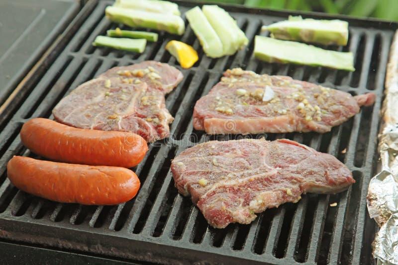 мясо барбекю стоковые фотографии rf