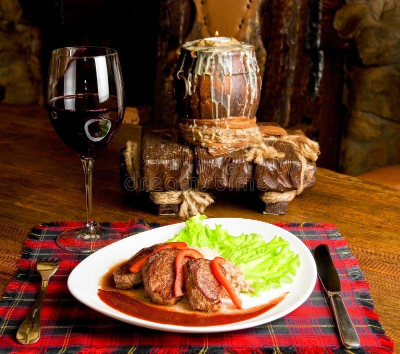 Мясо жаркого maral стоковое изображение rf