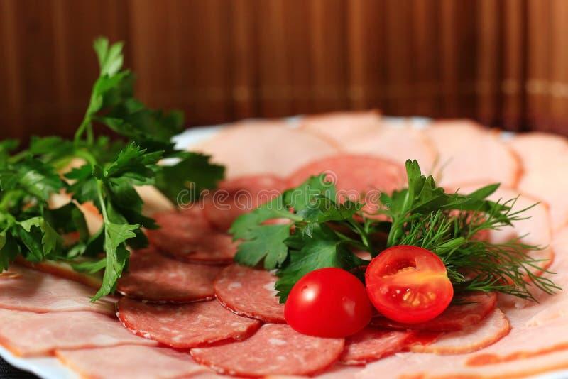 Мясо послужено в ресторане стоковые фото