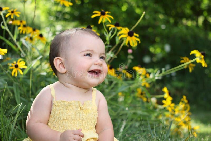 Младенец в лете стоковое фото