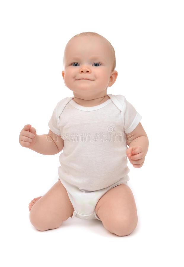 Младенческий малыш младенца сидя на ее коленях и счастливом усмехаться стоковые фотографии rf