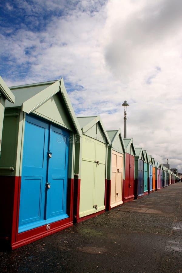 набережная хат brighton пляжа стоковые изображения