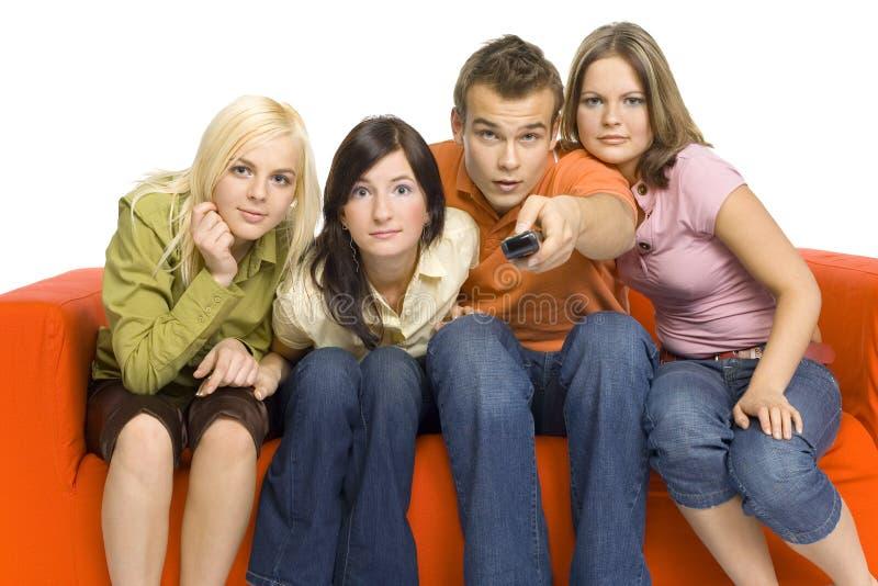 наблюдать tv друзей стоковая фотография