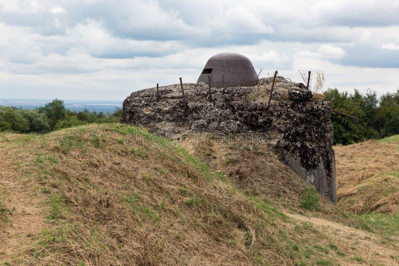 Наблюдательный пункт на форте Douaumont около Вердена Поле брани w стоковое фото rf
