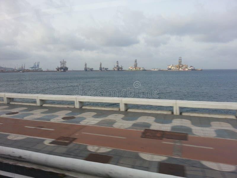 Наблюдая порт Канарских островов в Las Palmas стоковые изображения