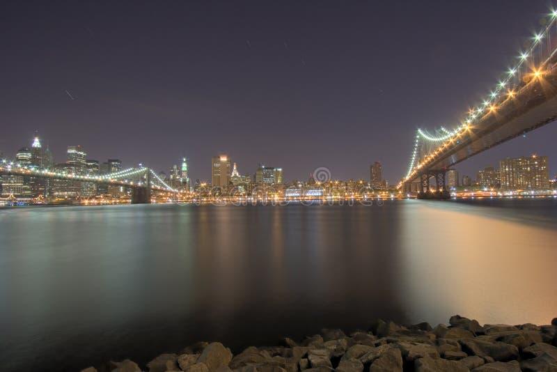 наводит nyc ночи стоковые фото