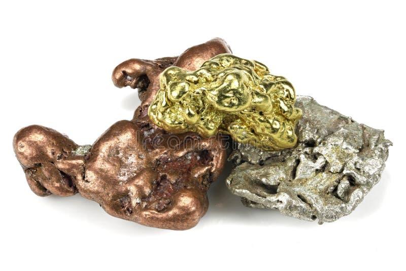 наггеты золота, серебра и меди стоковые изображения rf