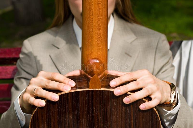 Надежная гитара стоковое фото