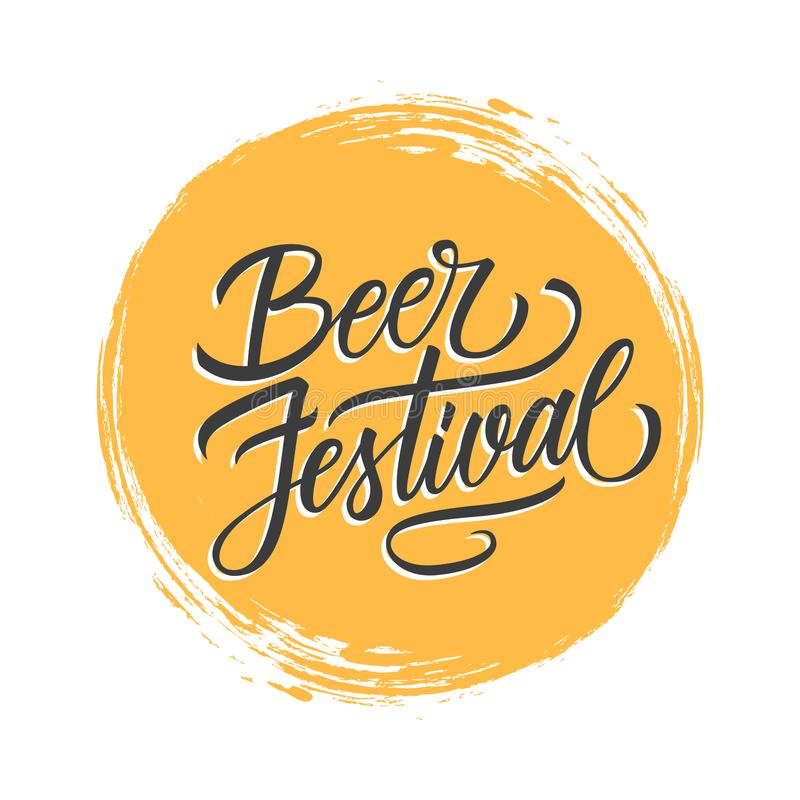 Надпись фестиваля пива рукописная на желтой предпосылке хода щетки круга Творческое оформление для продвижения и рекламы иллюстрация штока