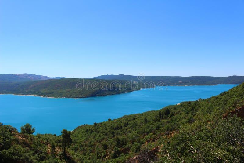 Над озером Sainte-Croix стоковое изображение rf