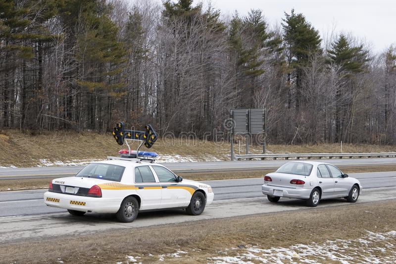 над полициями вытягиванный speeder стоковая фотография