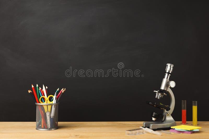 Назад к предпосылке школы схематической стоковая фотография rf