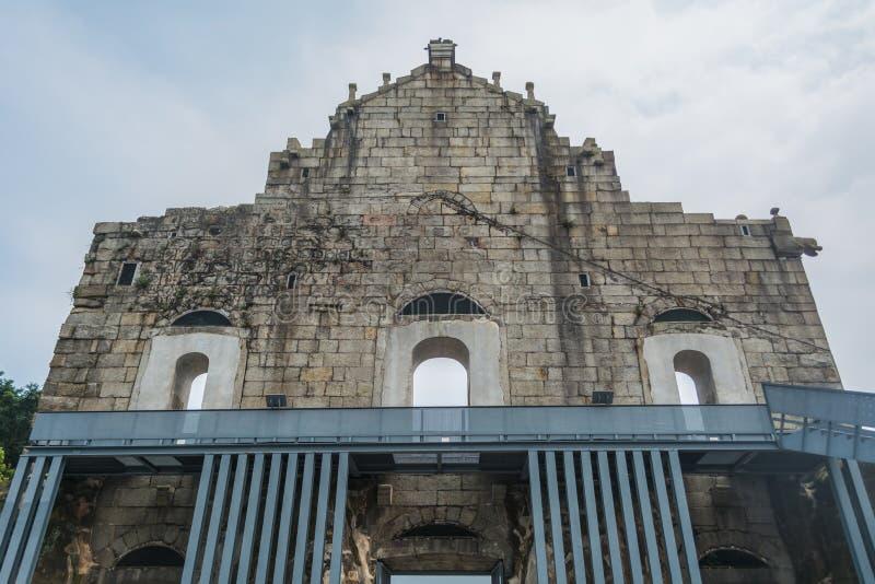Назад руин ` s St Paul, самая известная туристическая достопримечательность внутри стоковые изображения rf