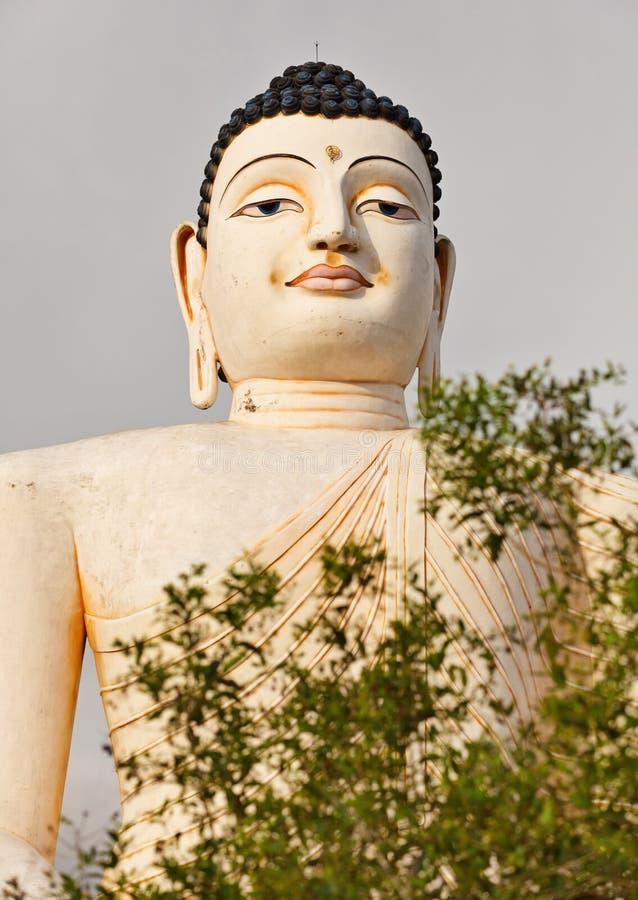 Наземный ориентир Sri Lankas - большая статуя Будды в Bentota стоковые изображения