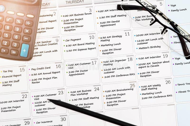 Назначение календаря с занятым днем стоковое изображение rf