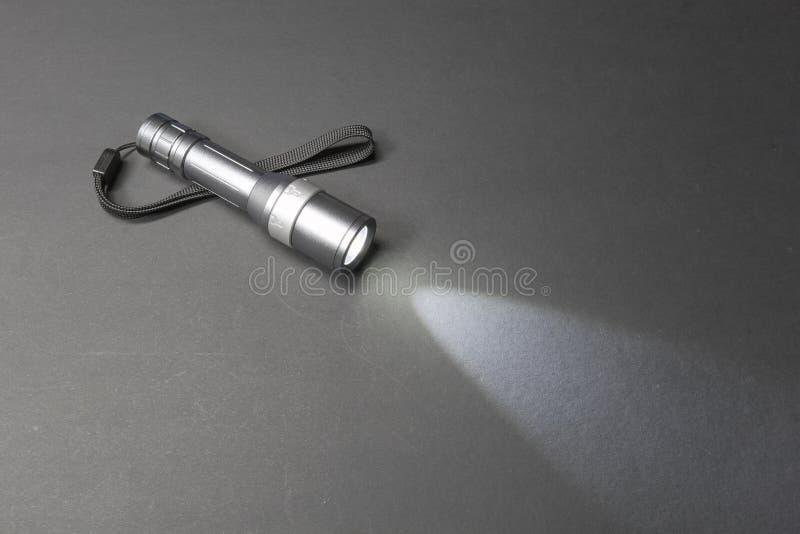 Накаляя электрофонарь металла с ремешком стоковое фото rf
