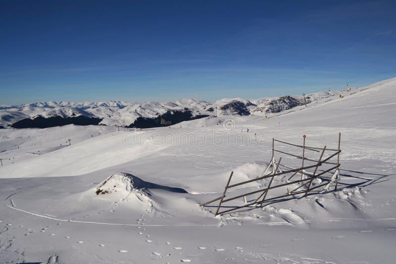 Наклоны лыжи стоковое фото