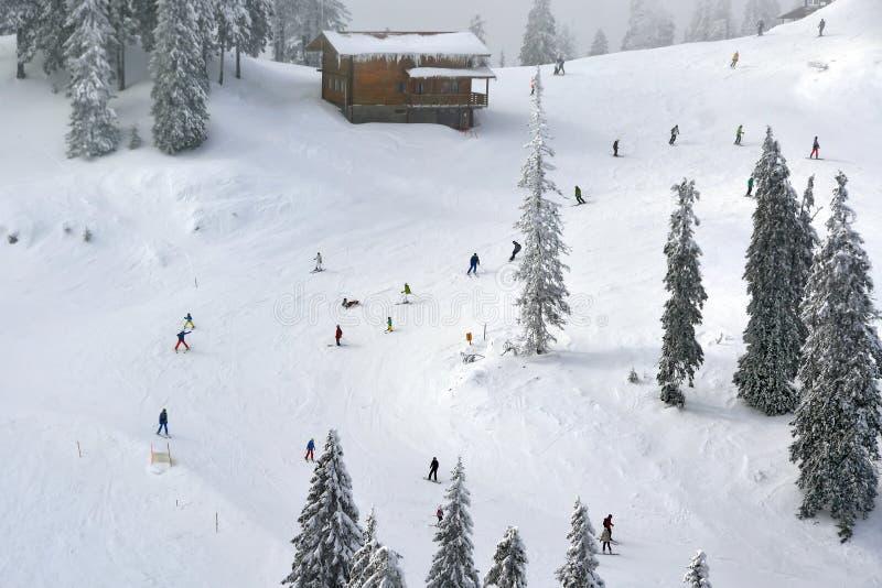 наклон лыжи области caucasus dombay стоковая фотография rf