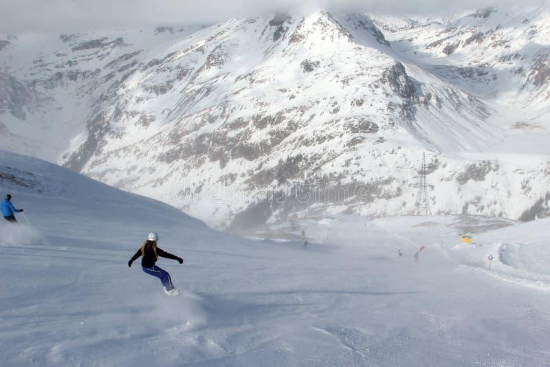 наклон лыжи области caucasus dombay стоковое фото rf