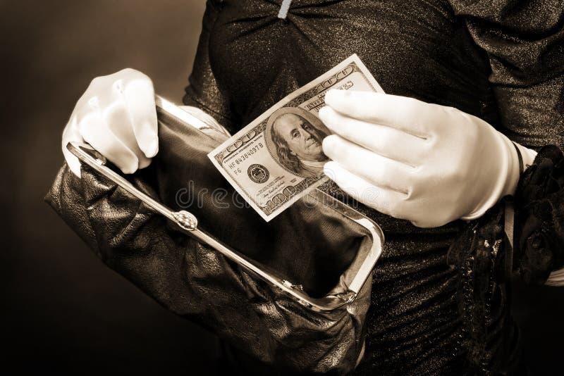 наличные деньги используя стоковые изображения