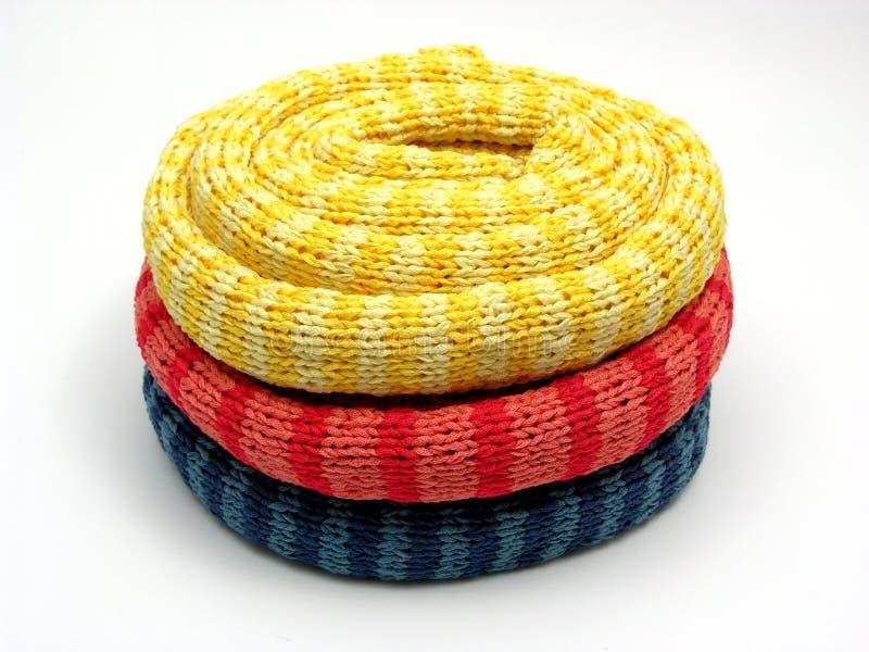 намотанные шарфы striped 3 вверх стоковые изображения rf