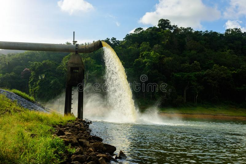 Намочите от стока в продукции воды стоковые фотографии rf